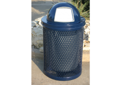 32 Gallon Trash Receptacle with Diamond Pattern