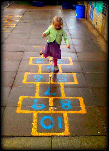 playground tic tac toe